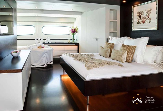 Romantic Boat Stays