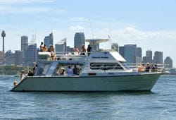 HOOCHIE MUMMA 50' Power Cruiser Transfer Charter