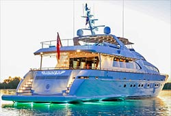 HUNTER 114' Falcon Motor Yacht Private Charter