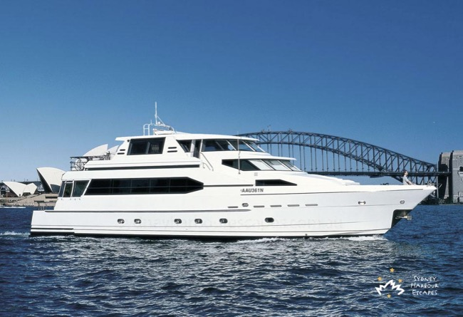 A.Q.A 92' Luxury Motor Cruiser Australia Day Cruises