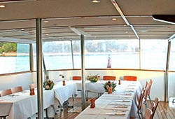 Commissioner ii deck dining