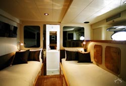 Galaxy boat accommodation twin bed