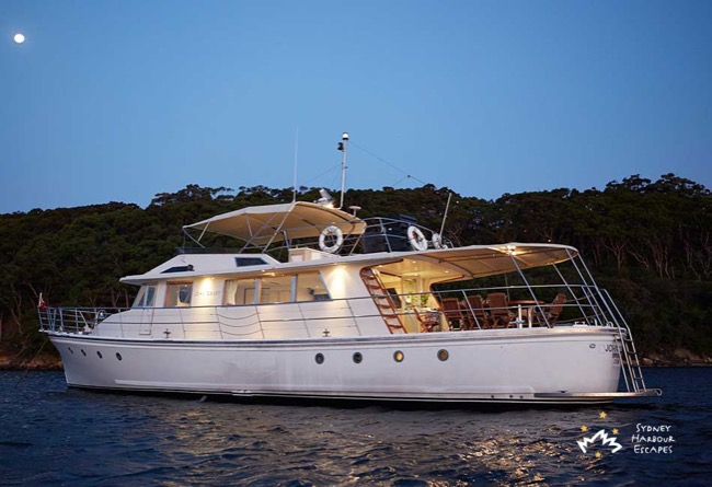 JOHN OXLEY 80' Luxury Motor Yacht Australia Day Charter