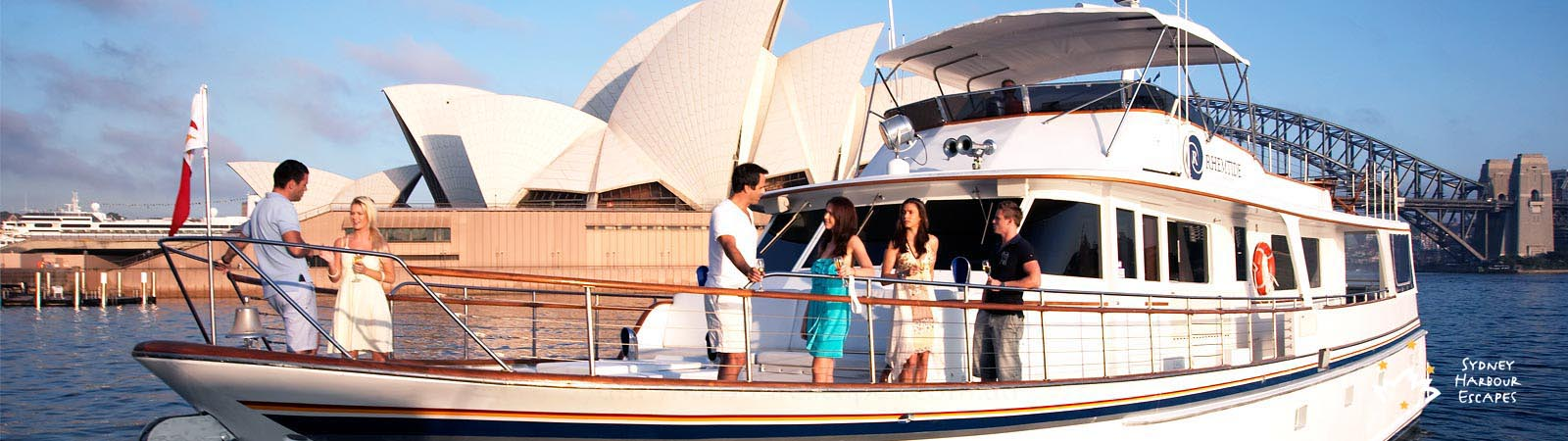 Private charter boat hire Sydney